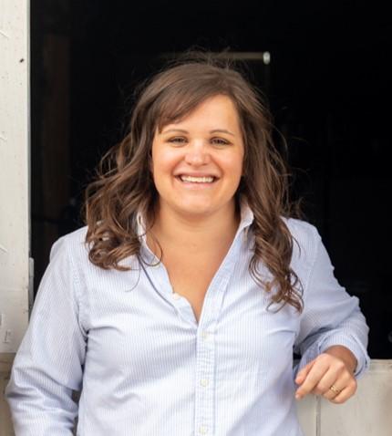 2018.9 Mollie Aronowitz Headshot